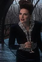Image of Once Upon a Time: Queen of Hearts