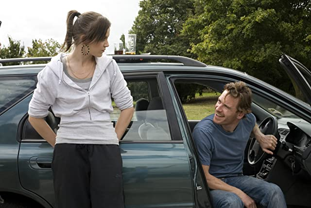 Michael Fassbender and Katie Jarvis in Fish Tank (2009)