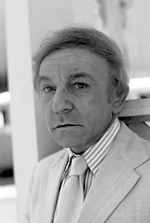 Aktori Henry Gibson