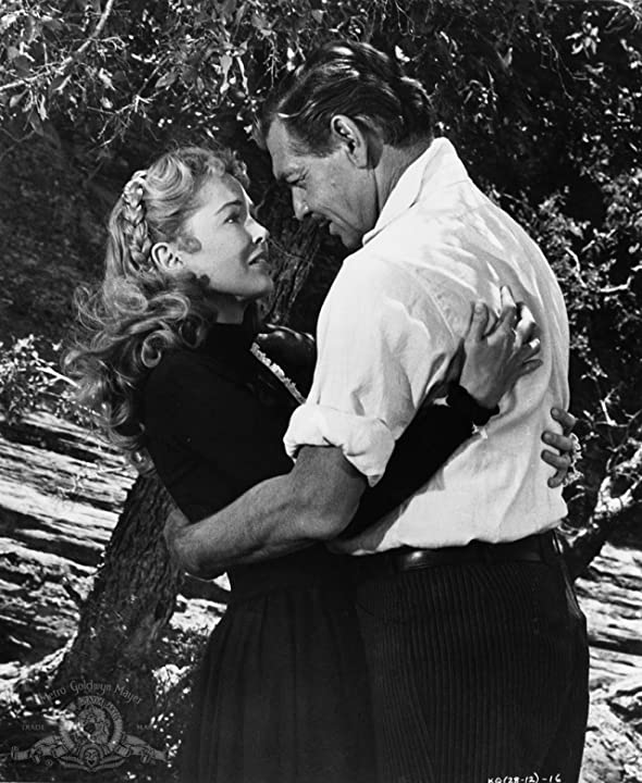 Clark Gable and Sara Shane in The King and Four Queens (1956)