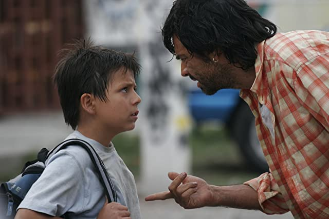 Eugenio Derbez and Adrian Alonso in Under the Same Moon (2007)