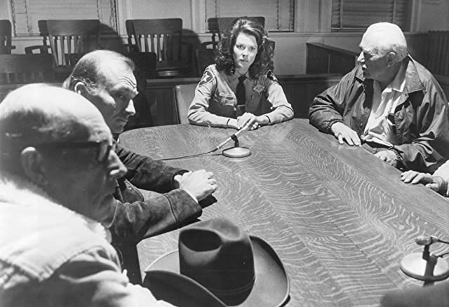 JoBeth Williams and Hoyt Axton in Endangered Species (1982)