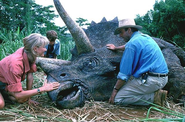 Laura Dern, Sam Neill, and Joseph Mazzello in Jurassic Park (1993)