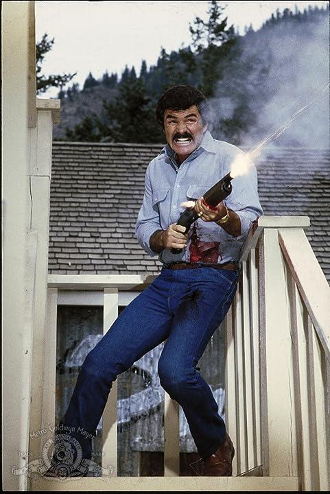 Burt Reynolds in Malone (1987)