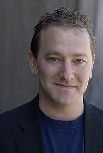 Aktori Kevin Kolack