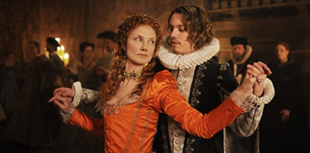 Joely Richardson and Jamie Campbell Bower in Anonymous (2011)