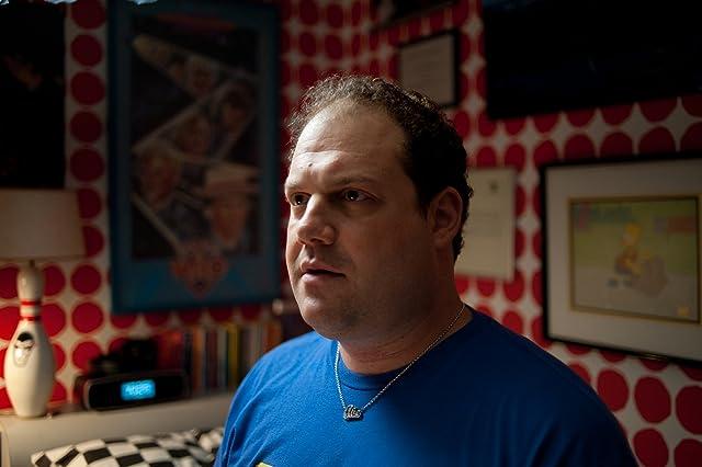 Jordan Gelber in Dark Horse (2011)