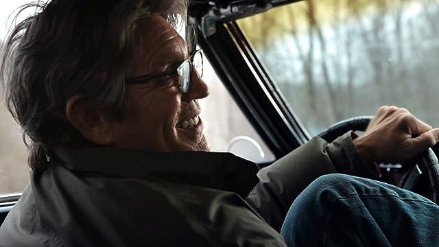 Eric Roberts as Ronnie Bullock in Deadline.