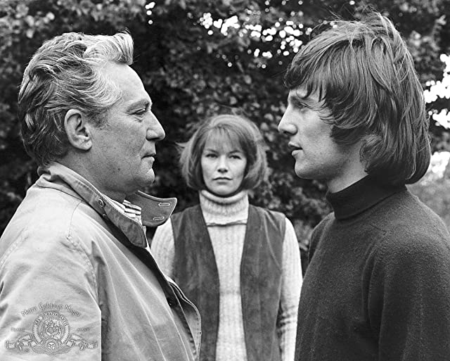 Peter Finch, Murray Head, and Glenda Jackson in Sunday Bloody Sunday (1971)