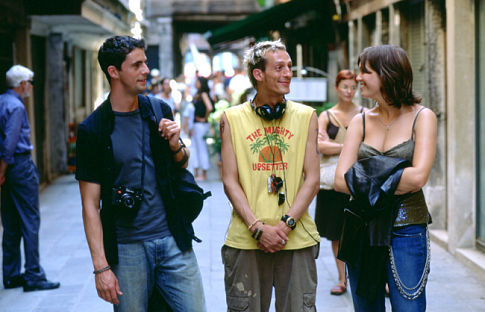 Matthew Goode, Martin Hancock, and Mandy Moore in Chasing Liberty (2004)