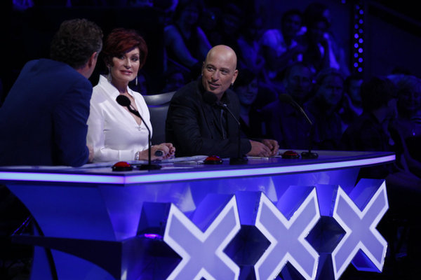 Howie Mandel, Piers Morgan, and Sharon Osbourne in America's Got Talent (2006)