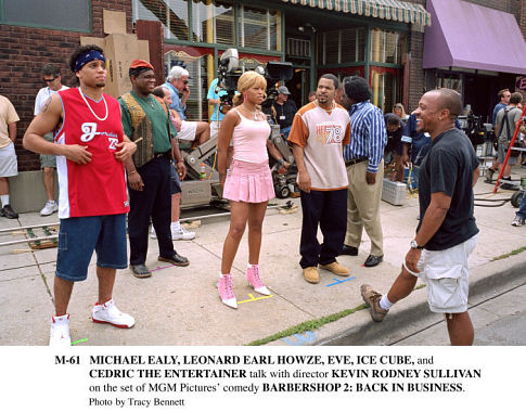 Ice Cube, Cedric the Entertainer, Kevin Rodney Sullivan, Michael Ealy, Eve, and Leonard Earl Howze in Barbershop 2: Back in Business (2004)