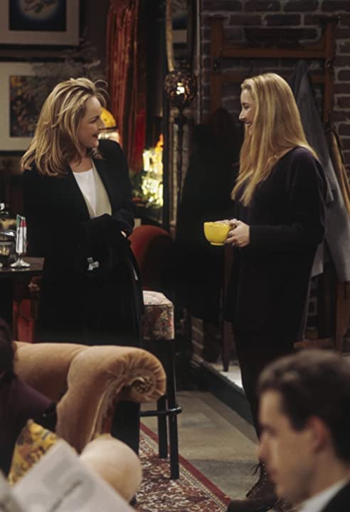Helen Hunt and Lisa Kudrow in Friends (1994)