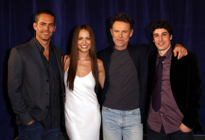 Jason Biggs, Bruce Greenwood, Paul Walker, and Moon Bloodgood at an event for Eight Below (2006)