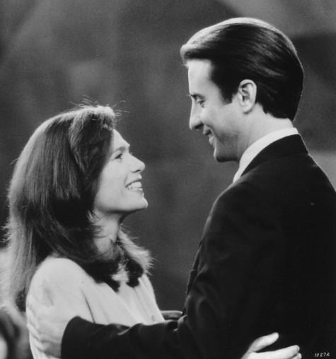 Andy Garcia and Lena Olin in Night Falls on Manhattan (1996)