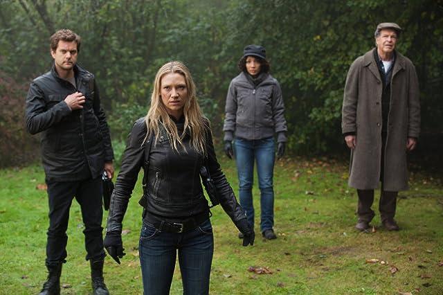 Joshua Jackson, John Noble, Anna Torv, and Jasika Nicole in Fringe (2008)