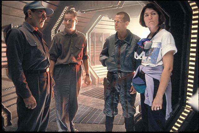 Dan Hedaya, Jean-Pierre Jeunet, and Rod Damer in Alien: Resurrection (1997)