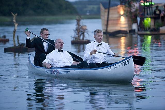 Casper Christensen, Lars Hjortshøj, and Frank Hvam in Klown (2010)