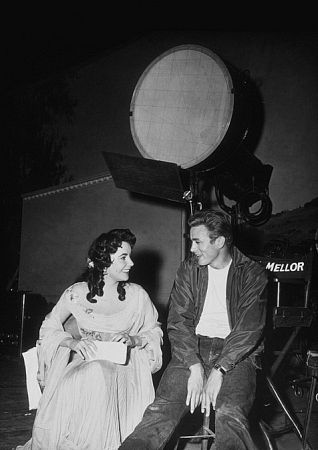 Elizabeth Taylor and James Dean on location for