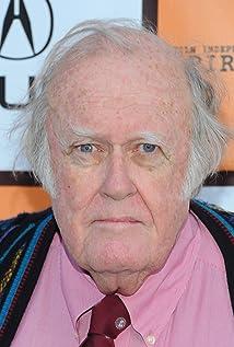 Aktori M. Emmet Walsh