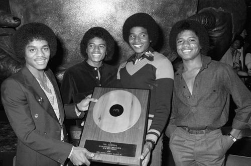 Marlon Jackson, Michael Jackson, Jackie Jackson and Randy Jackson (The Jacksons' In-Store Album Promotion) 1978 Freeway Records / Los Angeles