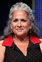 Marta Kauffman's primary photo