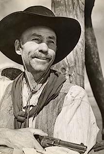 Aktori Hank Worden