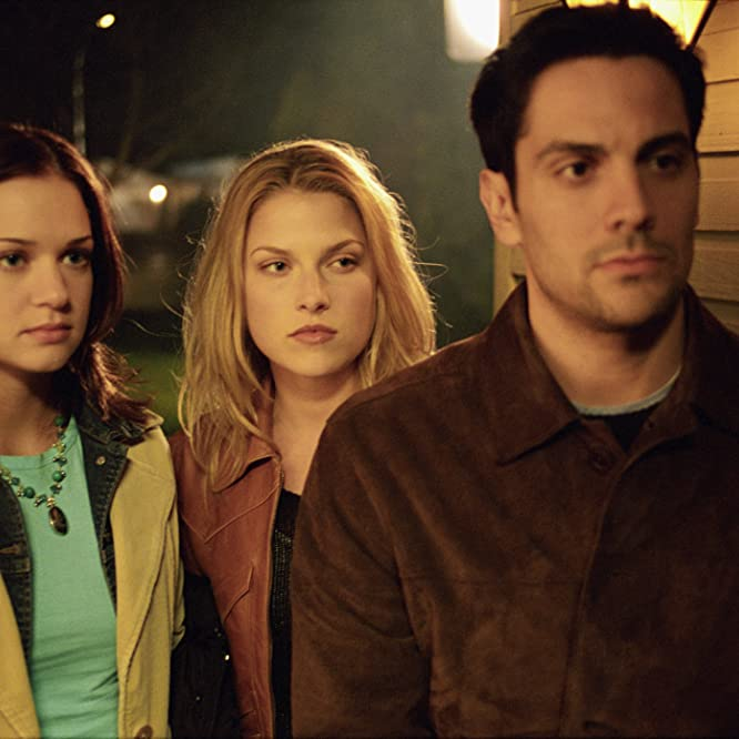 Ali Larter, A.J. Cook, and Michael Landes in Final Destination 2 (2003)