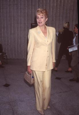 Lynn Redgrave at Six Days Seven Nights (1998)