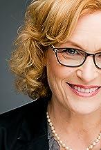 Elizabeth Dennehy's primary photo