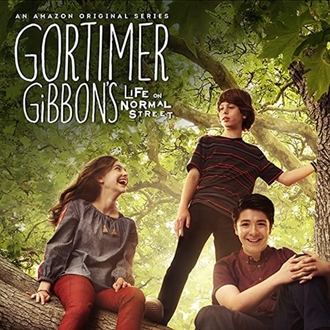 Ashley Boettcher, Sloane Morgan Siegel, and Drew Justice in Gortimer Gibbon's Life on Normal Street (2014)