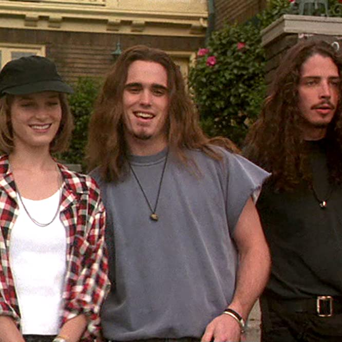 Matt Dillon, Bridget Fonda, and Chris Cornell in Singles (1992)