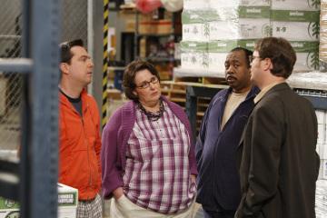 Phyllis Smith, Rainn Wilson, Ed Helms, and Leslie David Baker in The Office (2005)