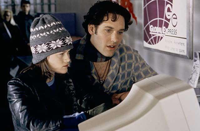 Reese Witherspoon and Paul Rudd in Overnight Delivery (1998)
