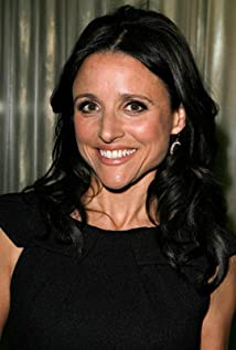 Julia Louis-Dreyfus Picture