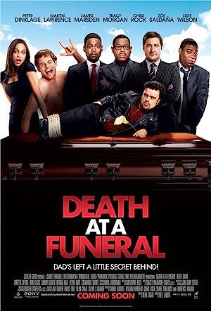 ver Muerte en un Funeral