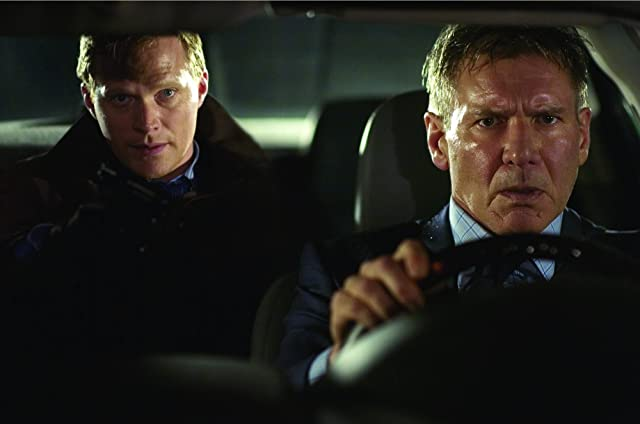 Harrison Ford and Paul Bettany in Firewall (2006)