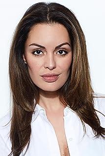 Caroline de Souza Correa Picture