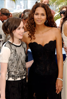 Halle Berry and Ellen Page at X-Men: The Last Stand (2006)