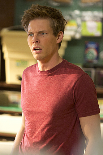 Hunter Parrish in Weeds (2005)