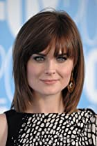 Image of Emily Deschanel