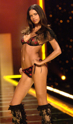 Victoria's Secret Fashion Show - Wikipedia 80