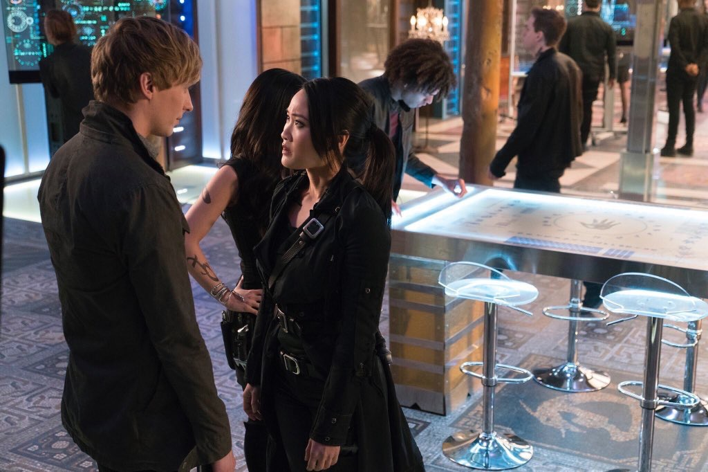 Shadowhunters S02E10 – By the Light of Dawn