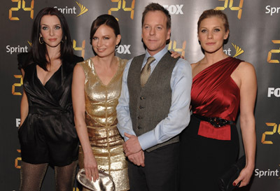 Kiefer Sutherland, Mary Lynn Rajskub, Katee Sackhoff, and Annie Wersching at an event for 24 (2001)
