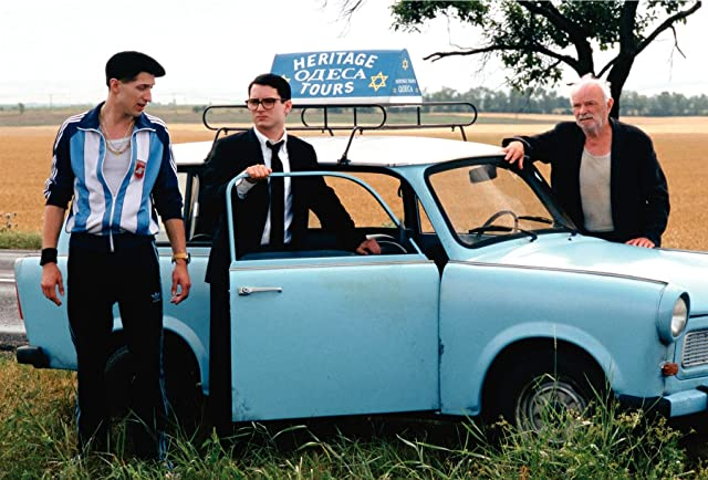 Elijah Wood, Boris Leskin, and Eugene Hutz in Everything Is Illuminated (2005)