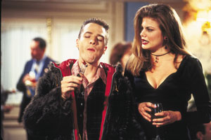 Kristen Johnston and French Stewart in 3rd Rock from the Sun (1996)