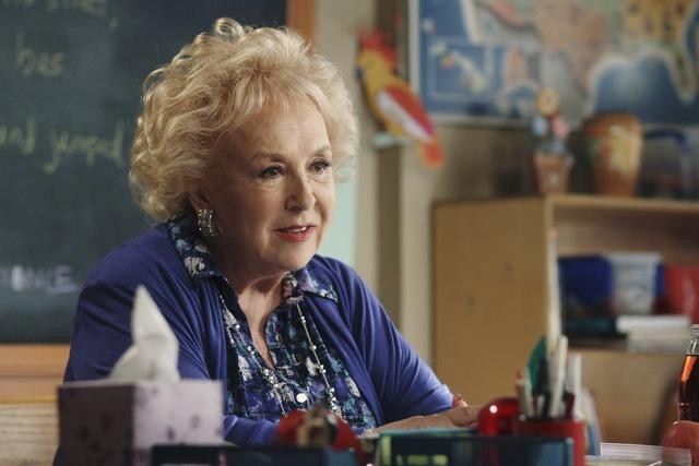 Doris Roberts in The Middle (2009)