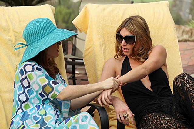 Alyssa Milano and Jes Macallan in Mistresses (2013)