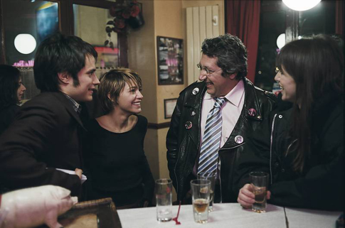 Charlotte Gainsbourg, Alain Chabat, and Gael García Bernal in The Science of Sleep (2006)