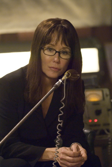 Mary McDonnell in Battlestar Galactica (2004)